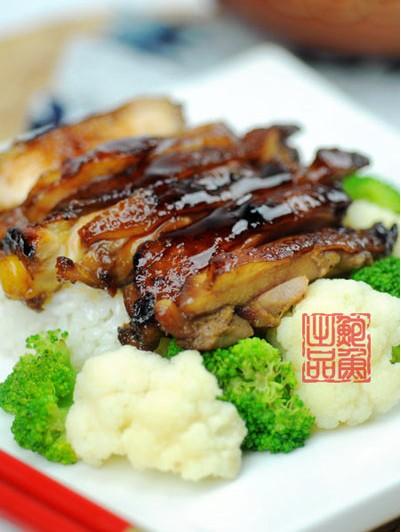 香煎鸡腿饭(安徽新东方)