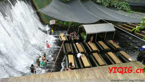 瀑布餐厅,除了美食还有美景