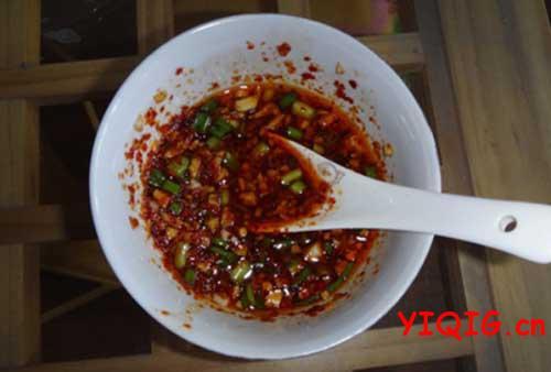 饺子好吃秘诀,饺子蘸料的制作步骤