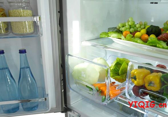 去除冰箱异味的小窍门