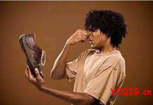 鞋子快速去臭的有效方法